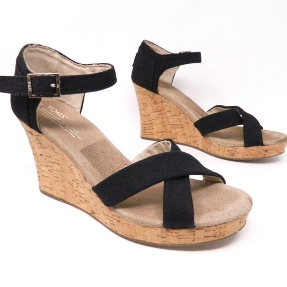 da35f6326f7 Toms Wedge Sandals Black Cork Size 10. M 5be11c16df030761faa236c8